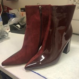 Chaos Contrast Pointed Toe Ankle Boots